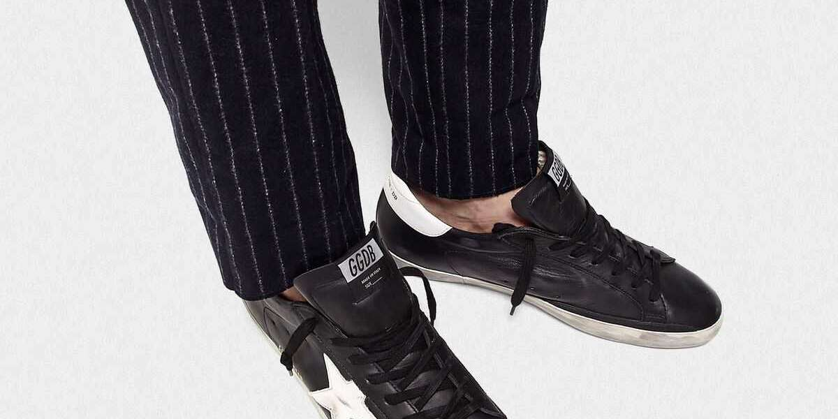Golden Goose Sneakers Outlet uses