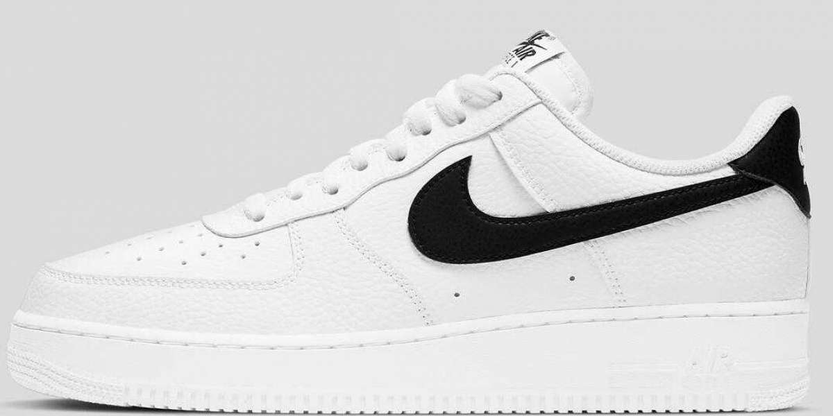 Nike Air Force 1 Low Return the Classic White Black Colorway