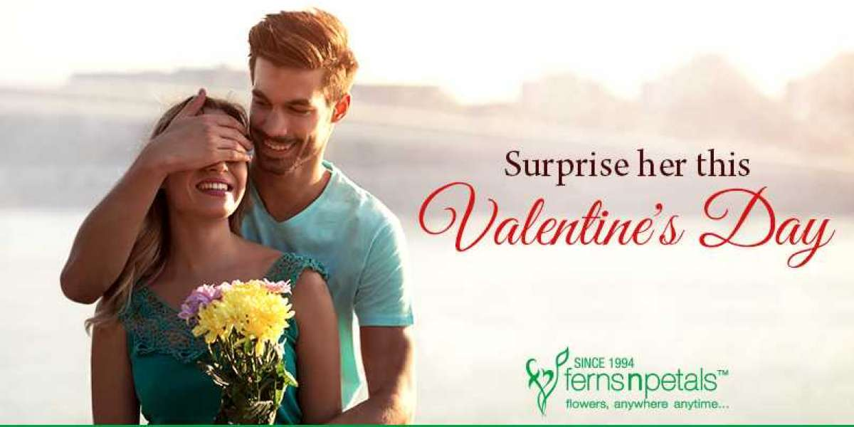 Surprise your partner on Valentine's Day with bouquets of flowers
